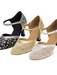 baratos -Mulheres Sapatos de Dança Moderna Renda / Paetês / Cetim Sandália / Salto Lantejoulas / Presilha / Flor Salto Personalizado Personalizável Sapatos de Dança Black and Gold / Prateado / Dourado