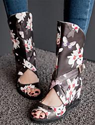 baratos -Mulheres Sapatos Materiais Customizados / Courino Outono Inovador Salto Plataforma Botas Cano Médio Presilha / Estampa Animal Branco /