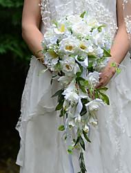 Недорогие -Свадебные цветы В свободной форме Каскадом Розы Букеты Свадьба Партия / Вечерняя Атлас Шёлк