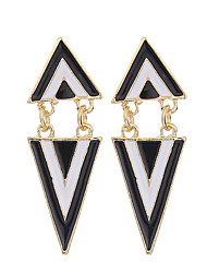 cheap -Women's Girls' Drop Earrings Vintage Party Work Casual Fashion European Gold Plated Alloy Triangle Geometric Jewelry Wedding Party Daily