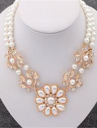 Feminino Gargantilhas Pérola Strass Prata Chapeada Chapeado Dourado imitação de diamante Liga Moda Europeu Dourado Jóias ParaCasamento