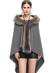 cheap -Sleeveless Faux Fur Party Evening Casual Women's Wrap With Feathers / Fur Capes