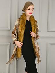 Women Leisure Cashmere / Faux Fur Grid pattern Scarf Cloak Party / Work / Casual