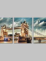 Недорогие -Отпечатки на холсте Архитектура 3 панели Вертикальная С картинкой Декор стены Украшение дома