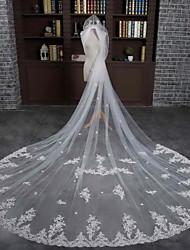 Uma Camada Borda com aplicação de Renda Véus de Noiva Véu Capela Com Renda Tule