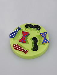 Los accesorios de la cocina los hombres atan la forma que la torta del silicón moldea la decoración que las tazas de la hornada color al azar