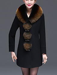 Women's Plus Size / Casual/Daily Street chic Coat,Patchwork V Neck Long Sleeve Winter Red / Black Polyester / Fox Fur Thick