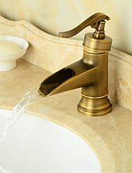 torneira pia do banheiro no estilo do vintage antigo acabamento de latão banheiro altura torneira da pia