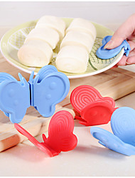 2PC Color Random Creative  The Household Culinary Adiabatic  The Hot Clip