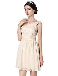 preiswerte -a-line V-Ausschnitt kurz / Mini-Chiffon Spitze Brautjungfer Kleid mit Bogen (s) Blume (n) von yaying