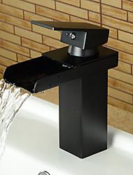 Недорогие -Ванная раковина кран - Водопад Начищенная бронза По центру Одной ручкой одно отверстиеBath Taps