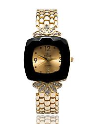 baratos -Mulheres Relógio de Moda / Relógio Elegante / Bracele Relógio Japanês imitação de diamante Lega Banda Amuleto / Flor / Casual Dourada / Um ano
