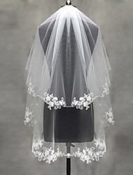 cheap -Two-tier Lace Applique Edge Pearl Trim Edge Wedding Veil Blusher Veils Elbow Veils Fingertip Veils 53 Appliques Tulle