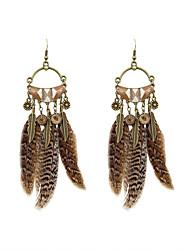 preiswerte -Mode Frauen Acryl Feder Tropfen Ohrringe klassischen weiblichen Stil