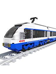 Недорогие -AUSINI Конструкторы 681 pcs Шлейф Cool Оригинальные Электрический Поезд Поезда и наборы железной дороги Мальчики Игрушки Подарок