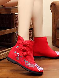 baratos -Mulheres Sapatos Tecido Outono Inverno Sapatos bordados Botas da Moda Botas de Neve Alpargata Conforto Botas Caminhada Sem Salto Ponta