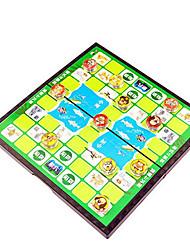Недорогие -Настольные игры Шахматы Игрушки Магнитный Круглый пластик Куски Не указано Подарок