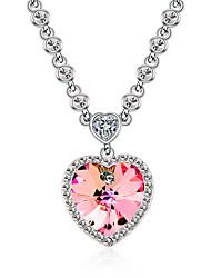 billige -Dame Halskædevedhæng Krystal Kærlighed Hjerte Personaliseret Euro-Amerikansk kostume smykker Smykker Til Bryllup Fest