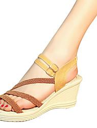 abordables -Mujer Zapatos PU Verano Confort Sandalias Tacón Cuña para Al aire libre Blanco Negro Morrón Oscuro