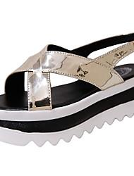 preiswerte -Damen Sandalen Komfort PU Sommer Komfort Flacher Absatz Gold Schwarz Silber 10 - 12 cm