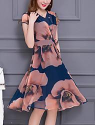Недорогие -Для женщин На каждый день Большие размеры Простое А-силуэт Платье С принтом,V-образный вырез Средней длины С короткими рукавами Полиэстер