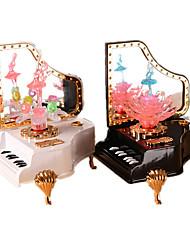Недорогие -Музыкальный ящик для фортепиано праздник поставки пластмассовый унисекс случайный цвет