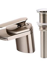 Moderna Conjunto Central Cascata Válvula Cerâmica Monocomando e Uma Abertura Níquel Escovado , Torneira pia do banheiro