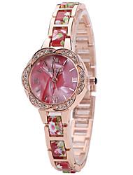 cheap -Women's Wrist watch Fashion Watch Casual Watch Quartz Hot Sale Alloy Band Charm Luxury Creative Casual Elegant Cool Black White Red Green