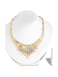 abordables -Mujer Brillante Conjunto de joyas 1 Collar 1 Par de Pendientes - Euramerican Moda Irregular Dorado Juego de Joyas Collar Para Boda Fiesta