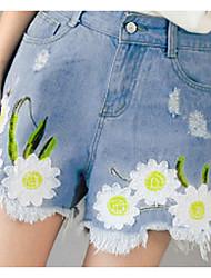 spot sommer nye friske og elegante broderede blomster små flossede denim shorts shorts kvindelige kollegium vind