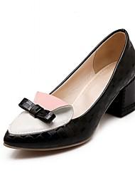 baratos -Mulheres Sapatos Courino / Couro Ecológico Primavera / Verão Conforto / Inovador Saltos Caminhada Salto Robusto Dedo Apontado Laço Preto