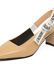 Недорогие -Для женщин Сандалии Полиуретан Лето Для прогулок Комбинация материалов На толстом каблуке Белый Черный Бежевый 7 - 9,5 см