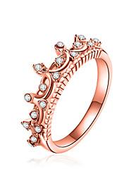 baratos -Mulheres Diamante sintético Geométrica Anel de banda - Zircão, Liga Coroa Luxo, Geométrico, Clássico 6 / 7 / 8 Dourado / Prata Para Natal / Festa / Palco