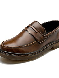 baratos -Homens sapatos Couro Primavera Outono Conforto Mocassins e Slip-Ons para Casual Preto Cinzento Marron Vermelho Azul