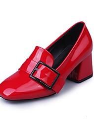 baratos -Mulheres Sapatos Couro Ecológico Verão Conforto Saltos Caminhada Salto Robusto Ponta quadrada Preto / Vermelho / Verde