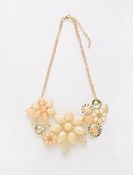 Жен. Ожерелья-бархатки Ожерелья с подвесками Ожерелья-цепочки Синтетический алмаз Круглый В форме цветка Резина Цветочный дизайн Цветы