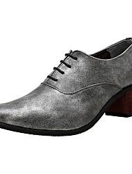 abordables -Hombre Zapatos Cuero Patentado Primavera Verano Otoño Invierno Zapatos formales Oxfords Para Casual Fiesta y Noche Negro Plata Azul