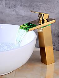 Недорогие -centeret керамический клапан одно отверстие золото, ванная раковина faucet led