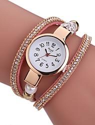 baratos -Mulheres Quartzo Bracele Relógio Chinês Relógio Casual PU Banda Amuleto Casual Relógio Criativo Único Elegant Fashion Preta Branco Azul