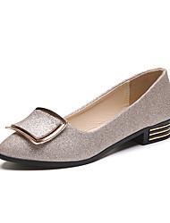 Damskie buty na płaskim obca...