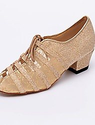 preiswerte -Damen Salsa Tanzschuhe Honeycomb / Tüll Sneaker Anfänger Farbaufsatz Niedriger Heel Tanzschuhe Gold / Schwarz / Silber