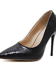 preiswerte -Damen Schuhe Kunstleder Frühling Herbst Komfort Neuheit Pumps High Heels Stöckelabsatz für Hochzeit Party & Festivität Schwarz