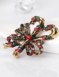 ювелирные изделия с бриллиантами в стиле ретро