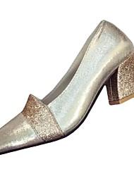 Недорогие -Для женщин Обувь Полиуретан Осень Зима Удобная обувь Обувь на каблуках Заостренный носок Пайетки Назначение Повседневные Золотой Черный