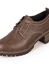 baratos -Mulheres Sapatos Borracha Inverno Conforto Oxfords Ponta Redonda Cadarço para Ao ar livre Preto / Verde / Castanho Escuro