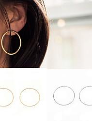 Недорогие -Серьги-кольца Бижутерия Медь Круглый дизайн Euramerican Простой стиль Мода Круглый Золотой Серебряный Бижутерия Для вечеринок Повседневные