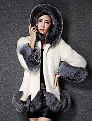 Long Sleeves Faux Fur Wedding Party / Evening Cap Coats / Jackets