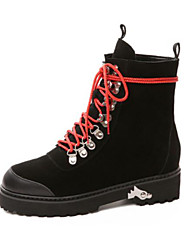 Feminino Sapatos Couro de Porco Inverno Outono Conforto Botas Salto Robusto Ponta Redonda Dedo Fechado Botas Curtas / Ankle para Casual