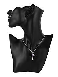 billige -Herre Dame Kors Hjerte Europæisk Halskædevedhæng Krystal Sølvbelagt Halskædevedhæng , Daglig