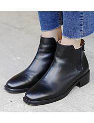 Feminino Sapatos Pele Primavera Outono Conforto Curta/Ankle Botas Salto Baixo Botas Curtas / Ankle para Casual Preto Marron